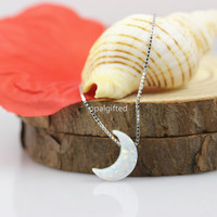 1pc Lot Free Shipping High Quality Synthetic 8 11mm White OP17 Opal Moon Shape Pendant