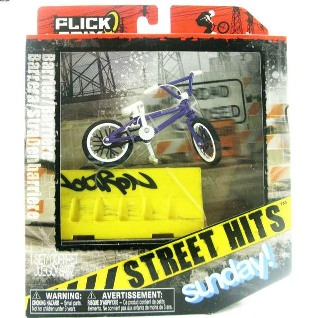 NUEVA Finger Flick Trix Bmx Bici de La Calle de Visitas Domingo Aleación modelo de bicicleta con barrera Mini juguete para niño