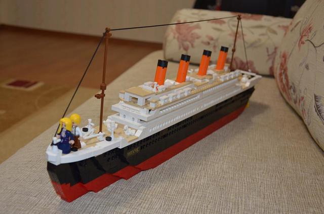 1021Pcs Titanic Ship Building Blocks Sets Toys Boat Model Kids Gifts ...