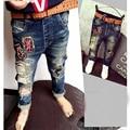 2016 a estrenar chicos vaqueros de los niños pantalones casuales bebé pantalones vaqueros niños pantalones ventas al por menor de 2-6 años los niños de los muchachos jeans ropa para niños