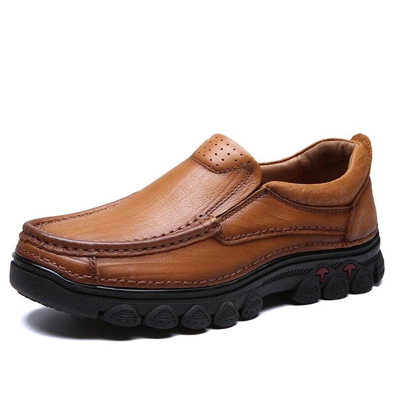Mannen Vintage Slip Op Casual Schoenen Mannelijke Lederen Effen Kleur Leisure Schoenen Mannen Anti Gladde Oxfords Schoenen AA51712-in Casual schoenen voor Mannen van Schoenen op  Groep 2