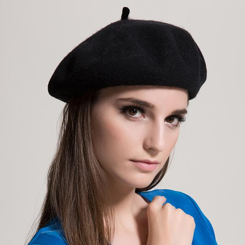 Warm Fleece Beret Hats For Women 2017 Winter Wool Knit Ladies Red Beret  Flat Caps Adjustable Hip Hop Female Beret Baret Vrouwen-in Berets from  Apparel ... 79dab4faea1