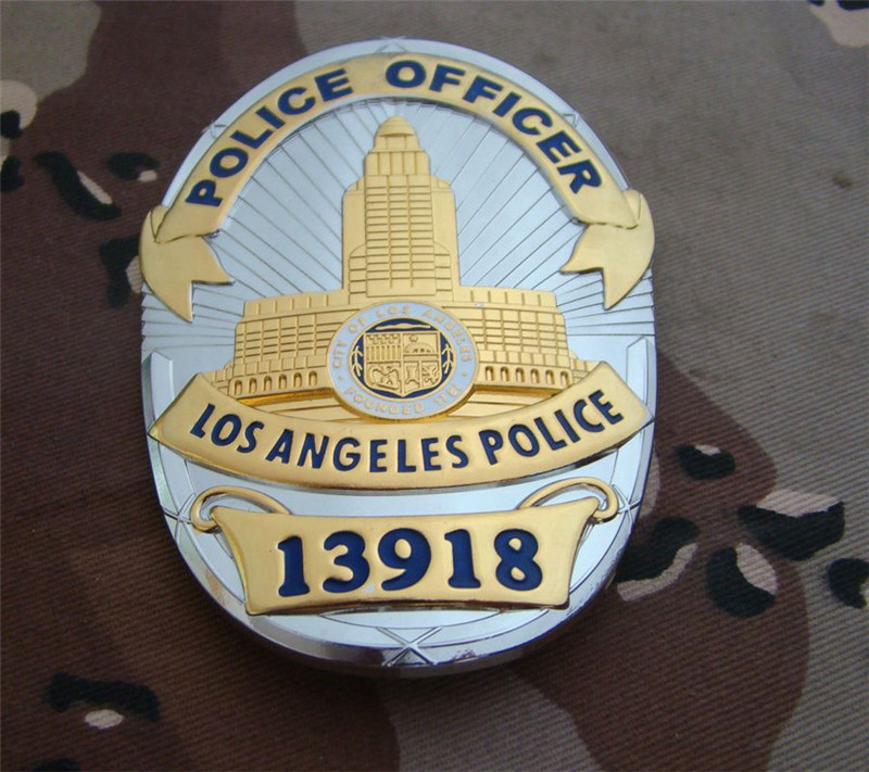 United States LA Los Angeles Police Officer Badges Copper LAPD No.13918 Shirt Lapel Badge Brooch Pin Badge 1:1 Gift Cosplay