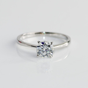 Image 4 - 10 K สีขาวทองหัว Rose Gold Bnad 2ct 8mm Brilliant CUT GH สี Moissanite 4 Prongs Solitaire งานแต่งงานแหวน