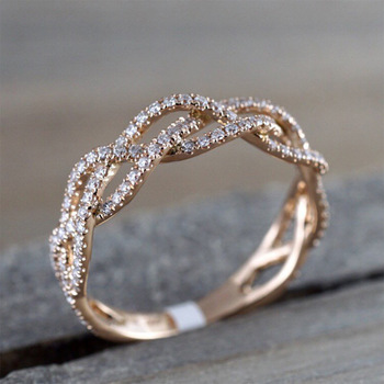 Rose Gold Zircon Twist Geometric Luxury Cutout Design Fashion Ring