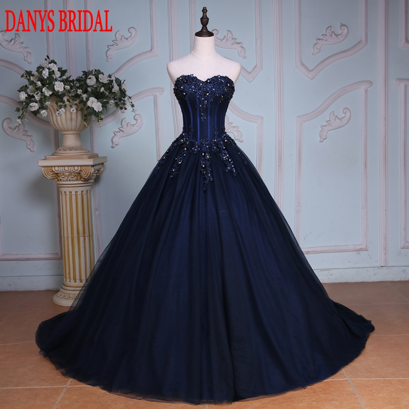 Navy Blue Ball Gown Prinsessan Quinceanera Klänningar Girls Beaded Masquerade Söta 16 Klänningar Ball Gowns från 15 anos