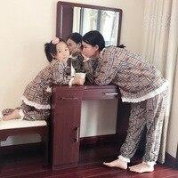 ママと私にファッション服家族マッチングパジャマ100%綿クリスマスファミリーパジャマナイトウェア格子縞ママ娘服