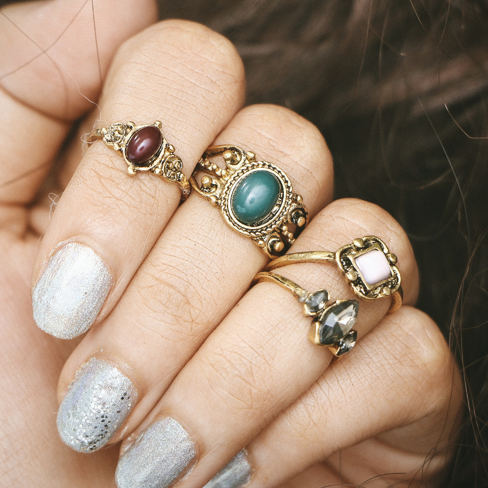 4 pieces/set Antique Gold Color Midi Knuckle Rings Set Crystal Square Stone Hollow Flower Finger Ring For Women Bohemia Jewelry