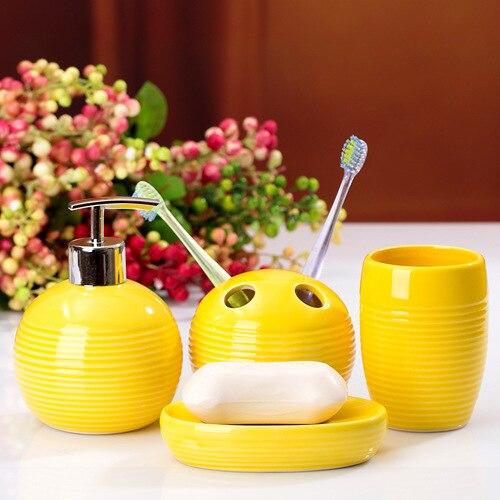 Монохромный серии четыре шт набор для ванной керамические туалетные принадлежности для зубных щеток аксессуары для ванной комнаты удобствами