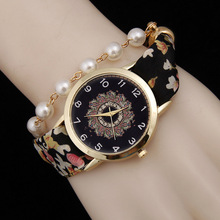 New Fashion 2016 Casual Analog Wrist Watch Women Rhinestone Pearl Pendant Bracelet Watches Women Dress Watch Quartz Watch AC106