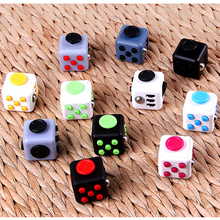 Fidget Cube Toys A Vinyl Desk Kickstarter Toys For Girl Boys Chrismtas Gifts Fidget Cube Black Green Grey Red Toys Cube