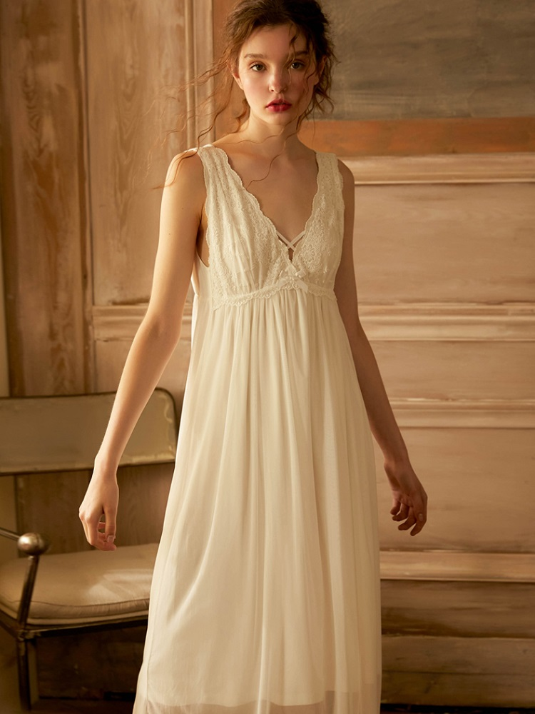 Summer Cotton Vintage Sleeveless Sleepwear Elegant Female Princess White Gauze Lace Long Nightgowns Loose Royal Nightwear