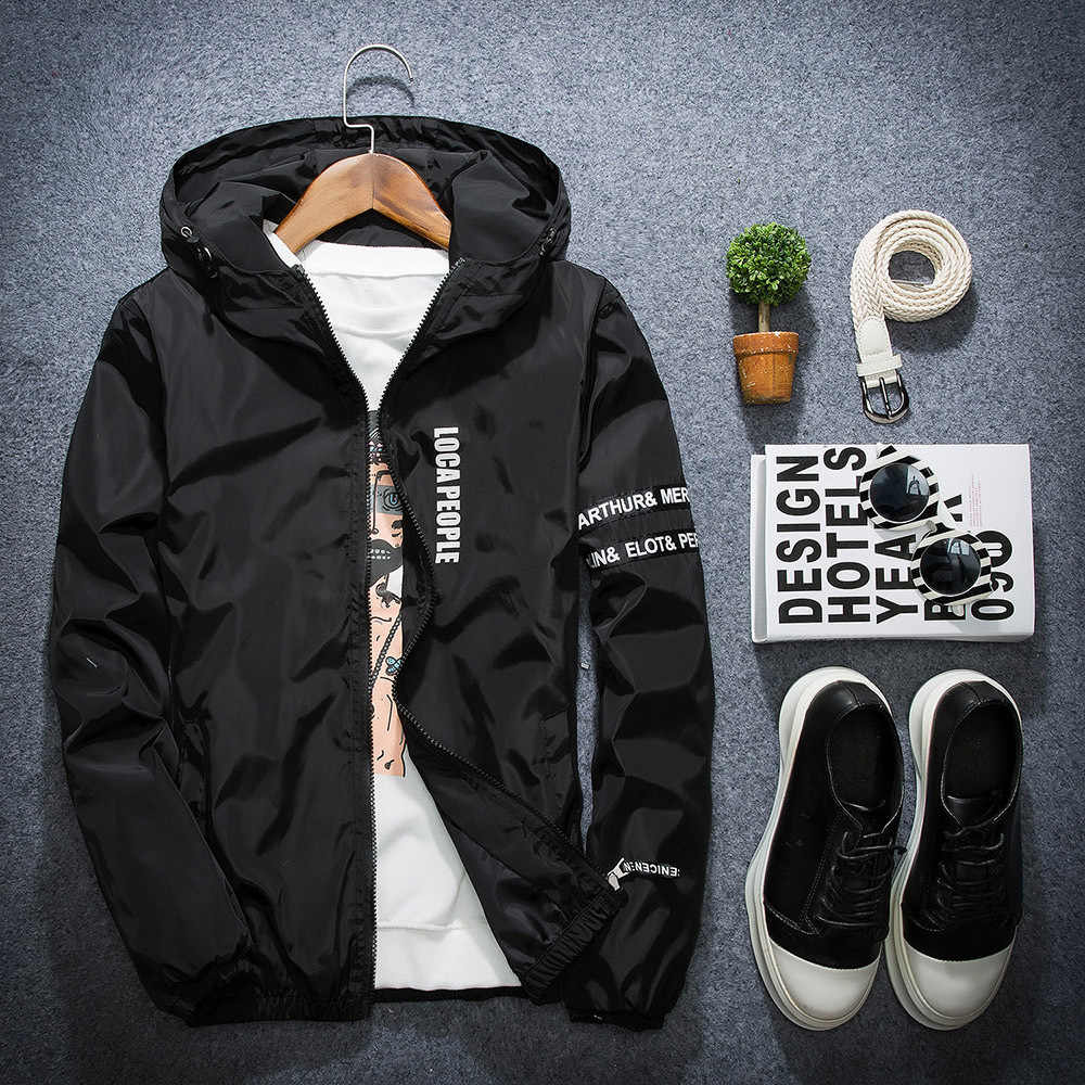 d9cc57108de 2018 Spring Autumn New Fashion Slim Fit Young Men Hooded Jacket Thin  Jackets Brand Casual Windbreaker