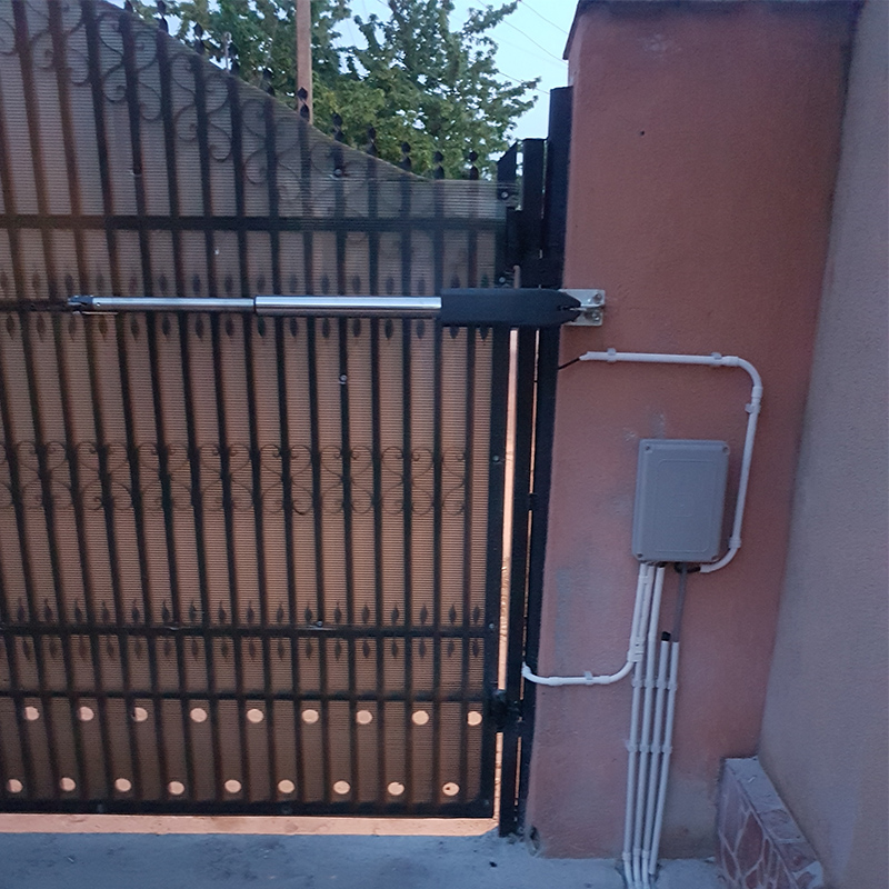 Swing porte moteur kit Séparés sur les deux côtés maison ferme portes utilisez Actionneur D'automatisation swing ouvreur de porte GALO
