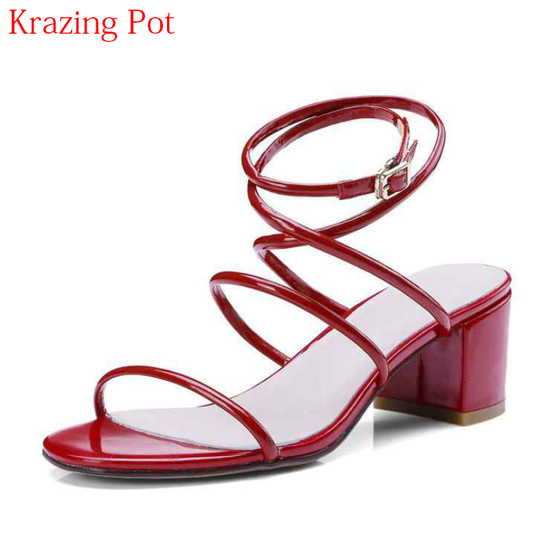 2018 Fashion New Arrival Gladiator Cow Leather Peep Toe Concise Ankle Strap Med Heel Women Sandals Summer Brand Causal Shoes L80 fashion summer shoes metallic leather pompom caged ankle strap sandals peep toe cut outs spike heel gladiator sandals miquinha