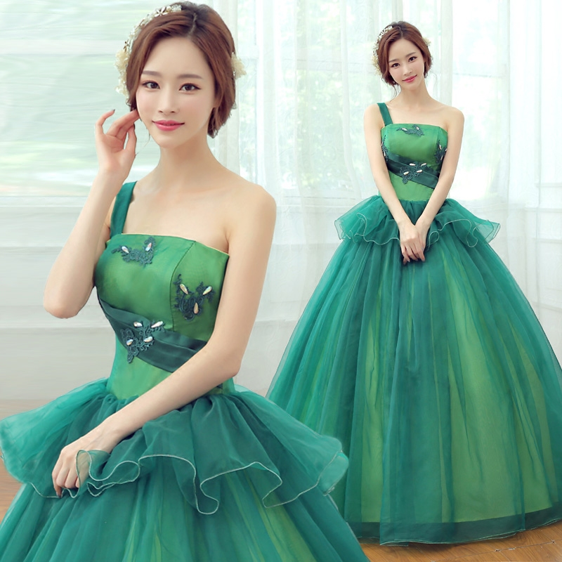 Free ship single shoulder green ruffled medieval dress ball gown siss princess Gown queen Cos Victorian Belle ball