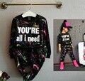 2 ШТ. топы + брюки Малыша девушка одежда красочные печати девушки одежды костюм ребенка девушки детская одежда для 2 3 4 5 7 лет девушка