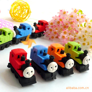 2 Pcs / Lot New Strange Personality Cute Thomas Train Styling Eraser Children Learning Stationery Creative Eraser