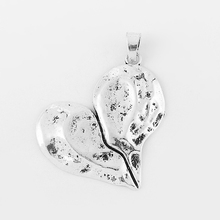 5 pcs Antique Silver Big Fissure Heart Slippy Charms Pendants For DIY Fittings