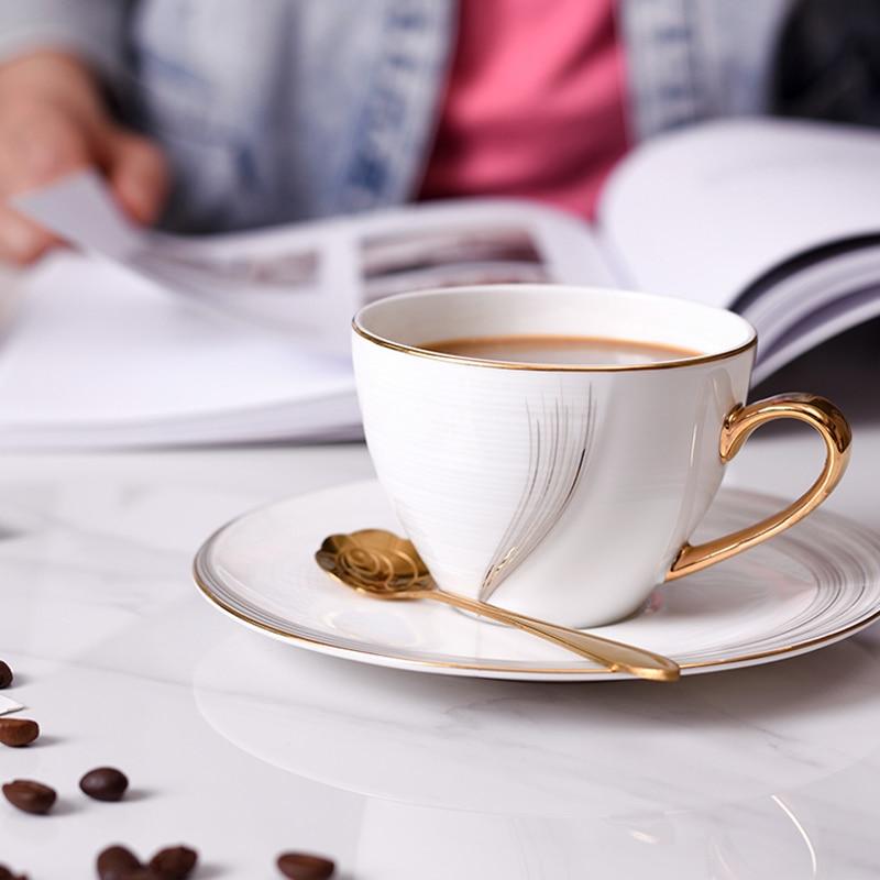 Simple nordique de Haute qualité tasses à café et soucoupes dessinés à La Main D'or Haute en porcelaine tasse à café Tasse à thé tasse à Thé ensemble Verres