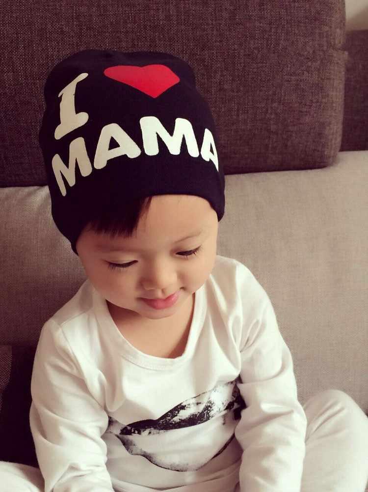 2017 Musim Semi Musim Gugur Bayi Rajutan Katun Hangat Beanie Topi untuk Balita Bayi Anak-anak Gadis Anak Laki-laki Aku Cinta Papa Mama Cetak topi Bayi