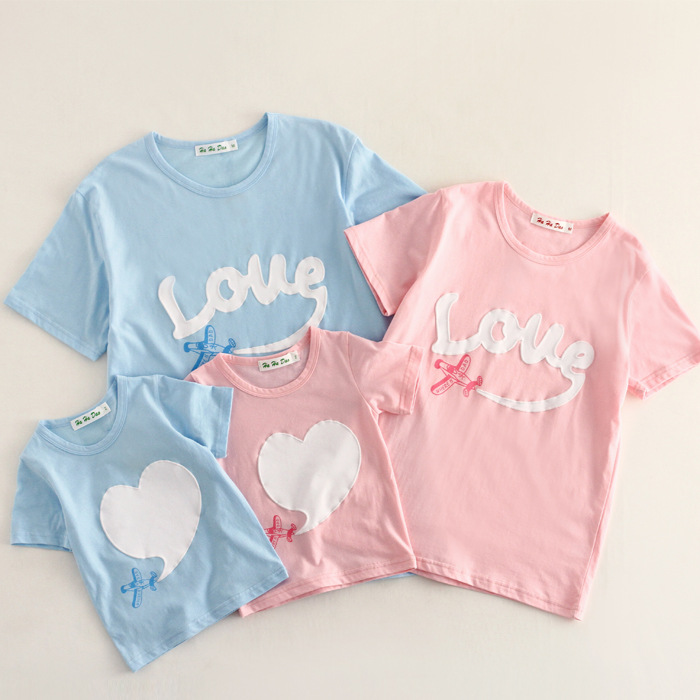 New arrival 2015 family matching clothes Mom/Dad/Baby Love short-Sleeve Cotton T shirts summer Family Clothing sets mummy and me ...