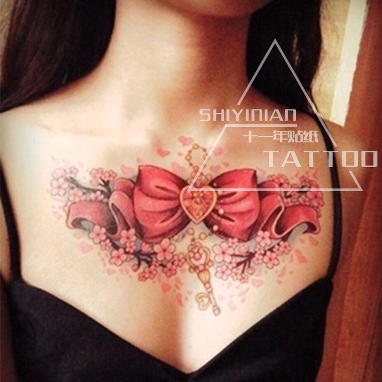Büyük kırmızı Kelebek düğüm Ve desen Aşk dövmeler seks kadın / kız vücut sanatı dövme, bacaklar cazibesi Geçici dövme çıkartma