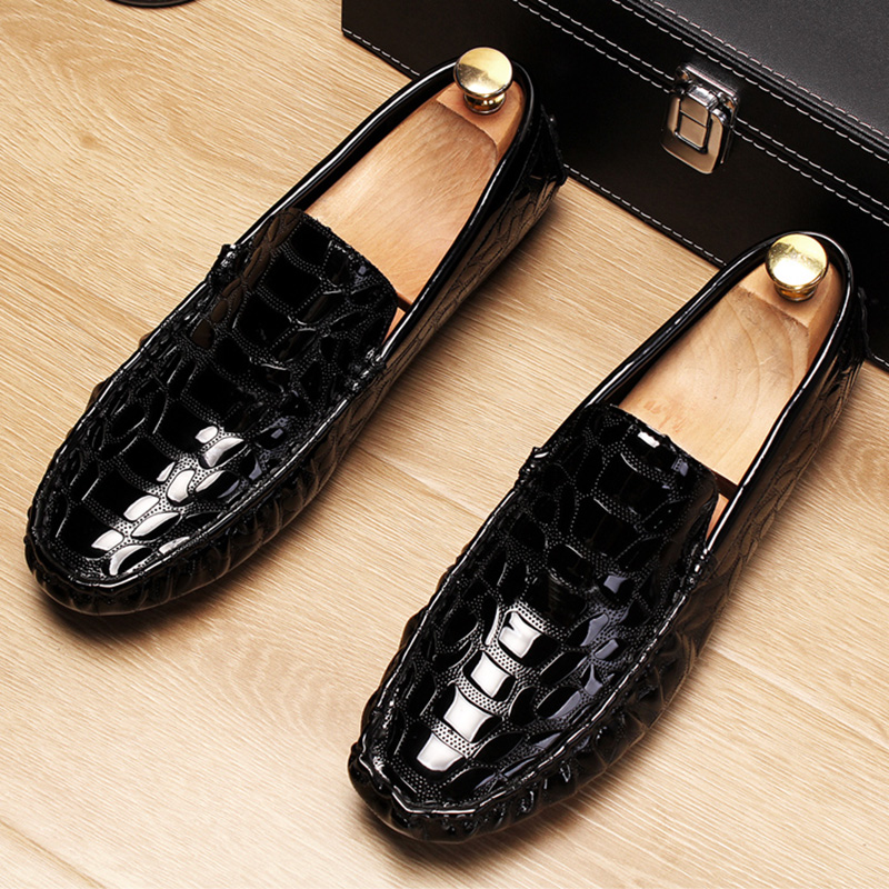 italian design men famous patent leather shoes party prom dress slip-on lazy driving oxfords shoe young gentleman loafers zapato 3