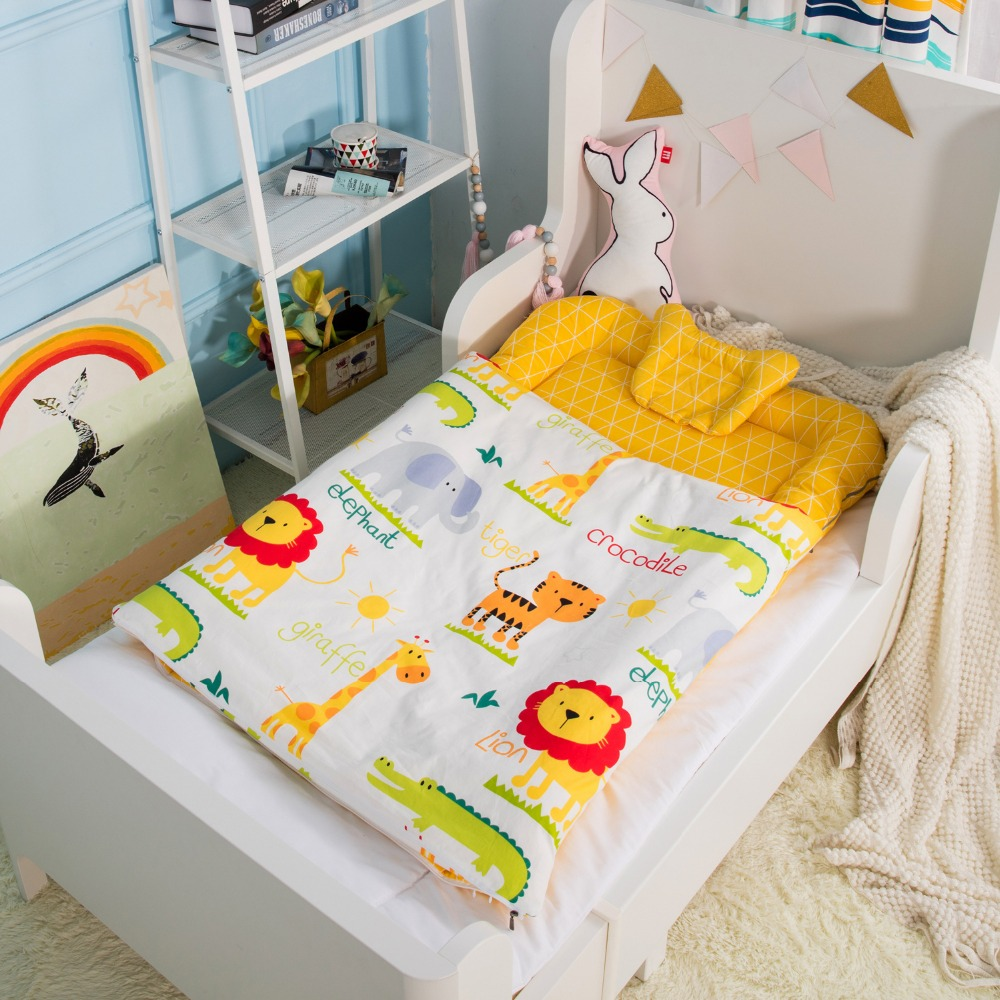 6Pcs Baby crib bedding set Soft cotton quilt cover pillow duvet bottom cover mattress bumper core set Cartoon sleeping bag baby bedding set crib bumper children sleeping bag infant sleepsack includes pillowcase pillow inner duvet cover and filler d3