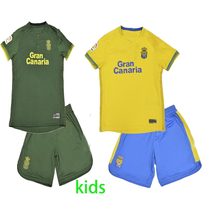 Kit Liverpool For Kids 3rd Kit New With Tags 2018/19 Season Limited Stock Sportswear