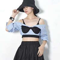 [EAM] 2018 New Autumn winter Women Fashion Tide Bare Shoulder Sexy Exposed Striped Strapless Fake Two Pieces Tank Tops LA164