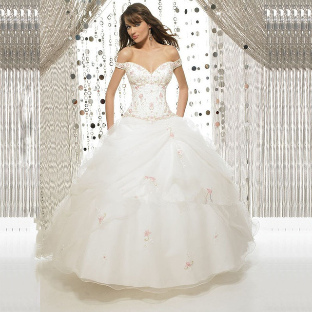 8f871ab89 MANSA High Quality White Red Sweetheart Ball Gown Quinceanera Dresses  Ruffled Applique Organza Dress For