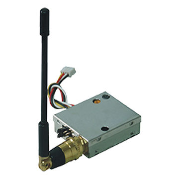 Miniature 1.2GHz 100mW Wireless AV Transmitter with 8 channels 300m Range for FPV, Helicopter, Drones Image Transmission