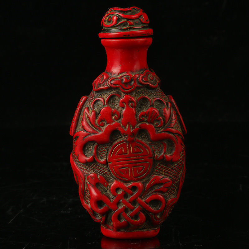 CHINESE CORAL CARVE OLD MAN HOLD FISH GOOD HARVEST SNUFF BOTTLE
