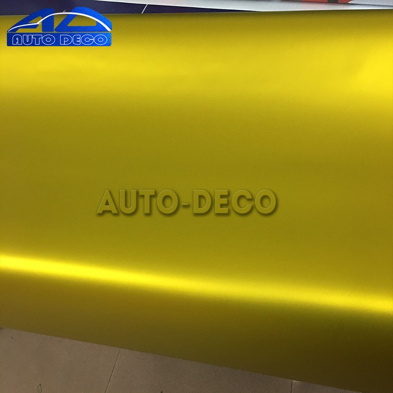 gold-satin-matte-chrome-metallic-vinyl-car-wrap-4