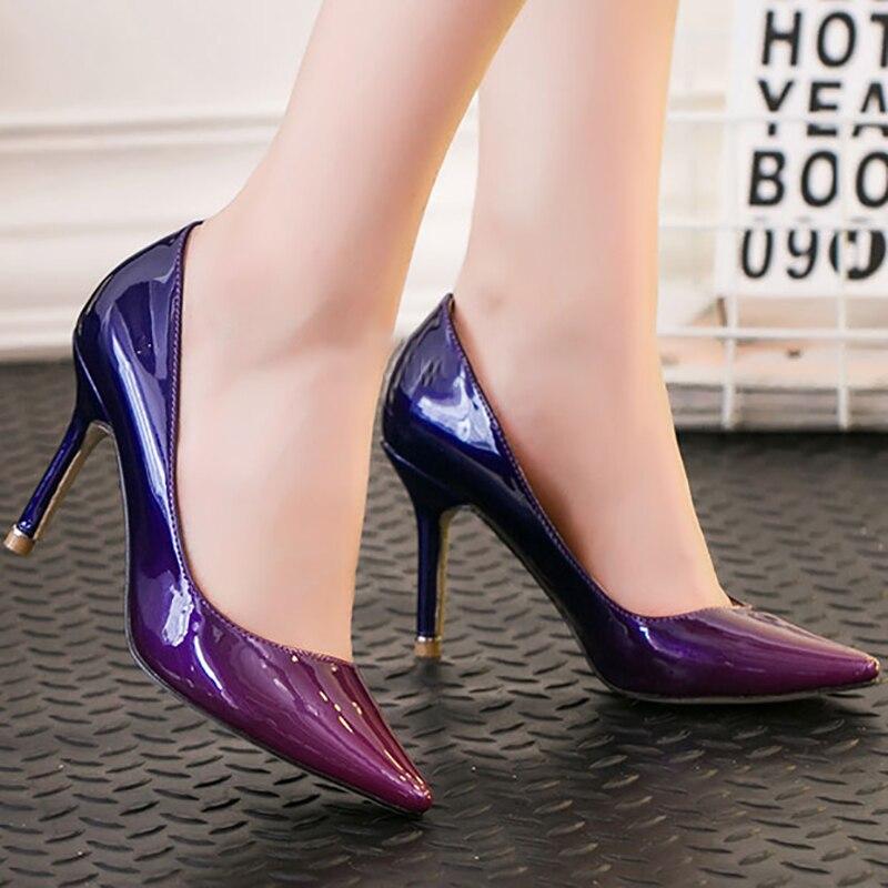цена на Women Sexy Pumps Ponted Toe Party High Thin Heel 9cm Glossy PU Leather Gradient Blue Purple Fashion Ladies Shoes Nightclub Shoes