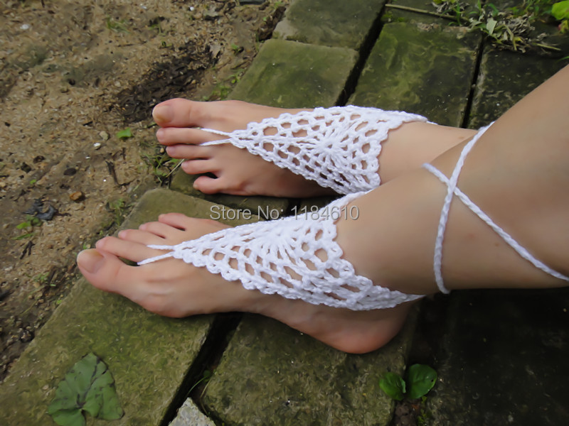 Crochet las sandalias descalzas de la playa de verano de la boda de ...
