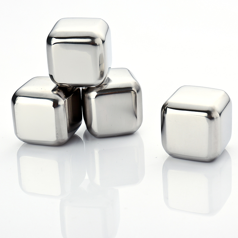 4Pcs Whiskey Wine Beer Stones Ice Cooler 440C Stainless Steel Coolers Stone Rock Ice Cube Edible