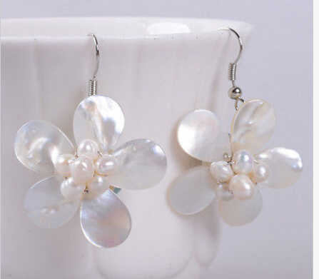 Hj 00410 Motherof pearl MOP shell trân flower dangle earrings