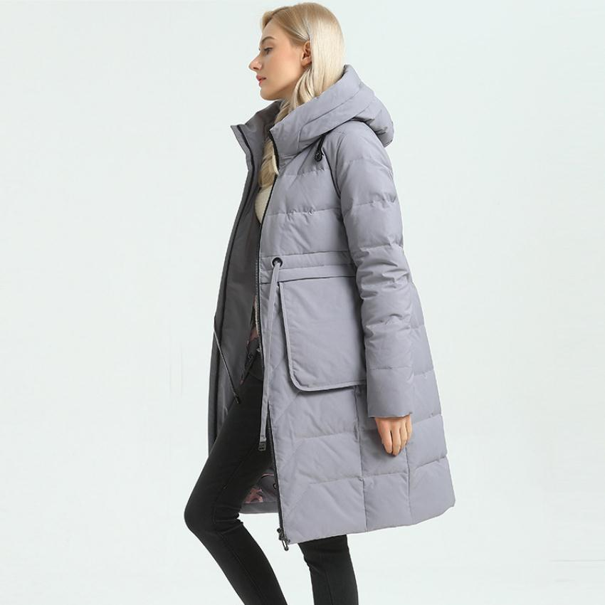 90% duck   down     coat   fashion brand very good quality thicker   down   jacket female hooded thicker warm   down     coat   wq333 fit -30 winter