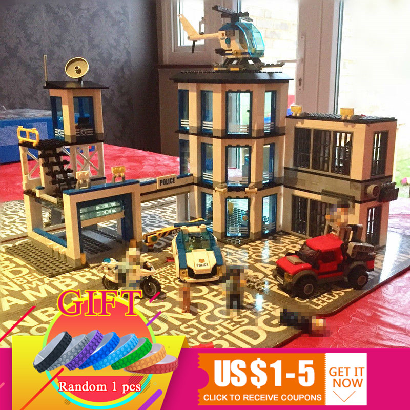 02020 965Pcs City Series The New Police Station Set Compatible with 60141 Children Educational Building Blocks Bricks toys dhl lepin 02020 965pcs city series the new police station set model building set blocks bricks children toy gift clone 60141