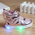 Nuevos niños de los muchachos llevó luz niños calzado deportivo zapatos luminoso que brilla intensamente PU transpirable zapatillas pisos con tacones tamaño 21-30