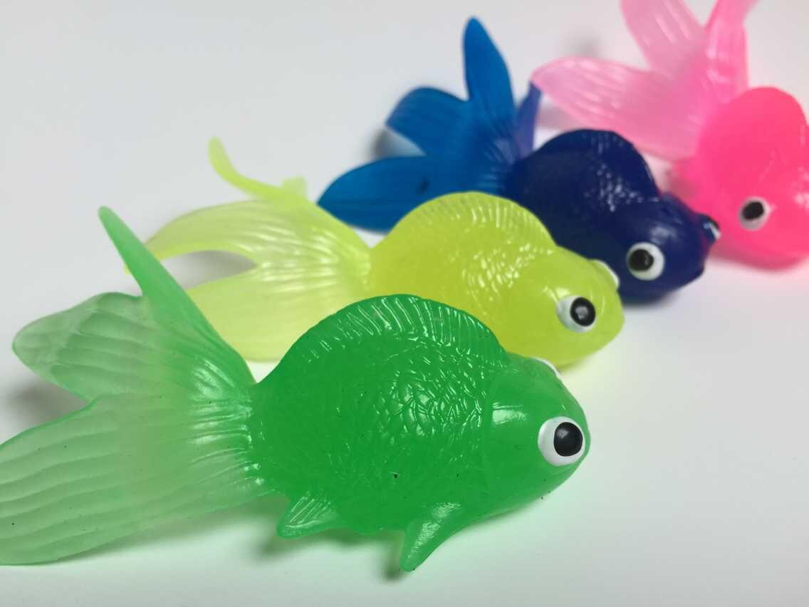 Online buy wholesale plastic goldfish toys from china for Fish to buy