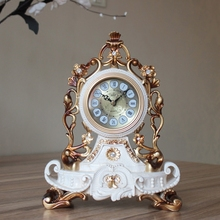 The living room clock mute retro creative European high-grade decorative pendulum large bedroom sitting