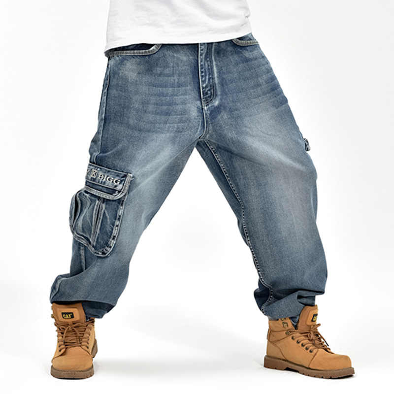 2019 CHOLYL Hip Hop Mens Baggy Jeans Blue Multi Pockets Cargo Jeans Male Loose Skateboard Denim Pants 30-46 big size