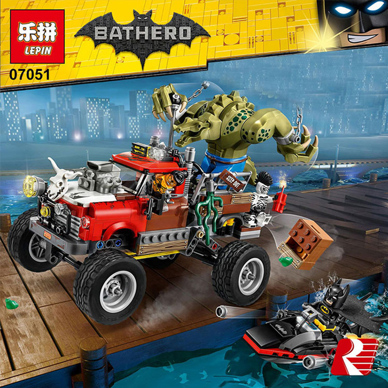 LEPIN 07051 Batman Movie Killer Croc Tail-Gator Man-Bat Bricks Sets Building Block Toys Compatible With Lepin Batman 70907 2017 lepin 07045 batman movie batmobile features robin man bat kabuki building block toys compatible with legoe batman 70905