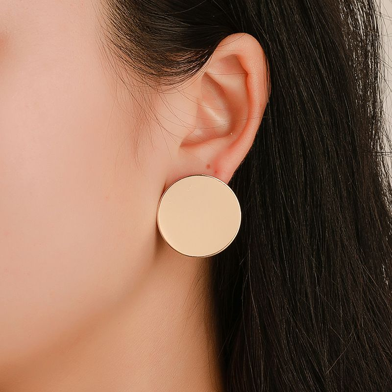 Trendy Round Metal Earring For Women Gold Shiny Drop Earrings Fashion Statement Jewelry Gift For Friends In Party