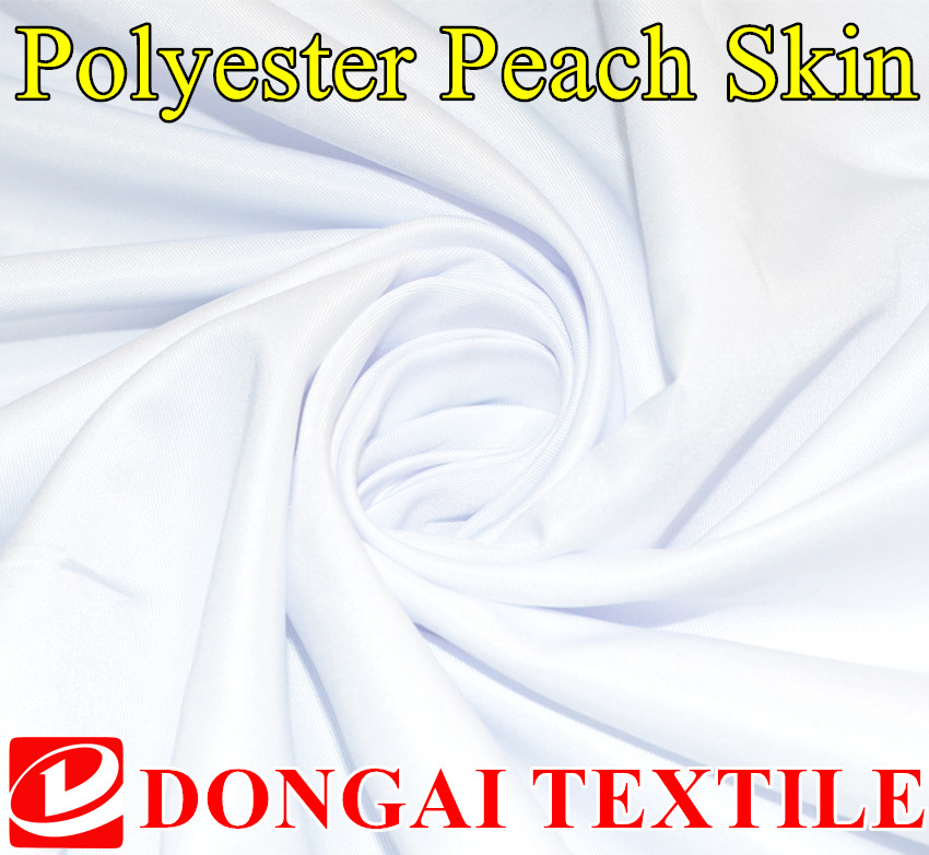 storlek 1 * 1,5 meter bredd 100 poly mikrofiber peached klar twill polyester persika hud. Tryckt vit tyg