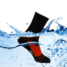 Hiking Socks Men and Women Waterproof Outdoor Climbing/Skiing/Cycling breathable Warm