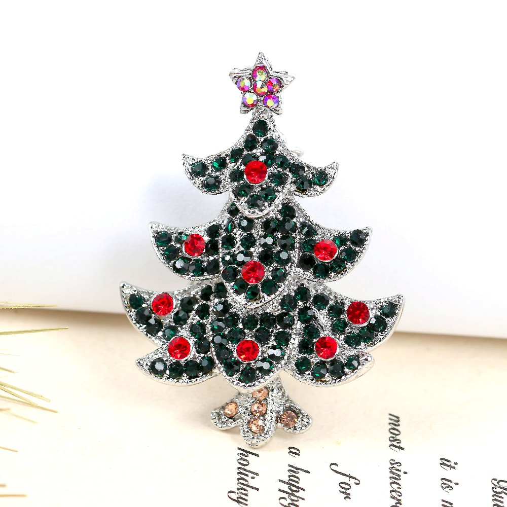 Vintage Kerstboom Us 3 12 Vintage Oude Kc Goud Zilver Kleur Zinklegering Met Rode Strass Kerstboom Broche Tij Party Broche Pins Br1331 In Vintage Oude Kc Goud Zilver